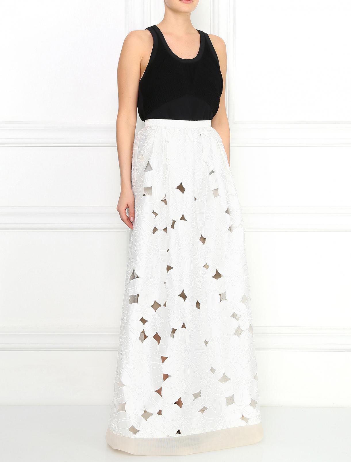 Юбка-макси из шелка с вышивкой Alina German  –  Модель Общий вид  – Цвет:  Белый