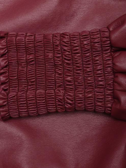 Платье из эко-кожи с объемными рукавами  - Деталь1