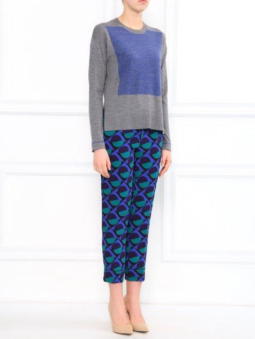Укороченные брюки с геометричным узором - Общий вид