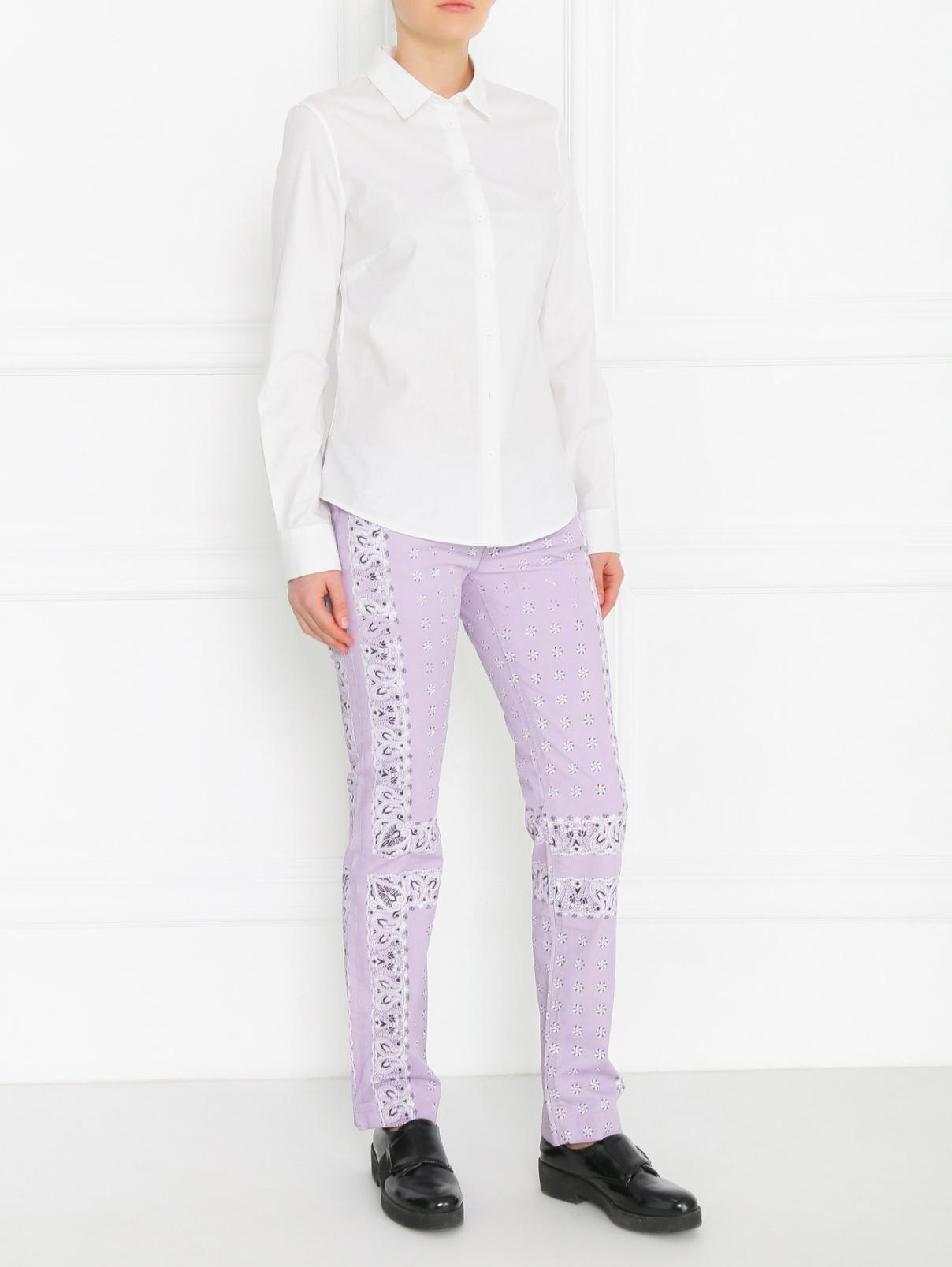 Брюки из хлопка с узором Dolce & Gabbana  –  Модель Общий вид  – Цвет:  Фиолетовый