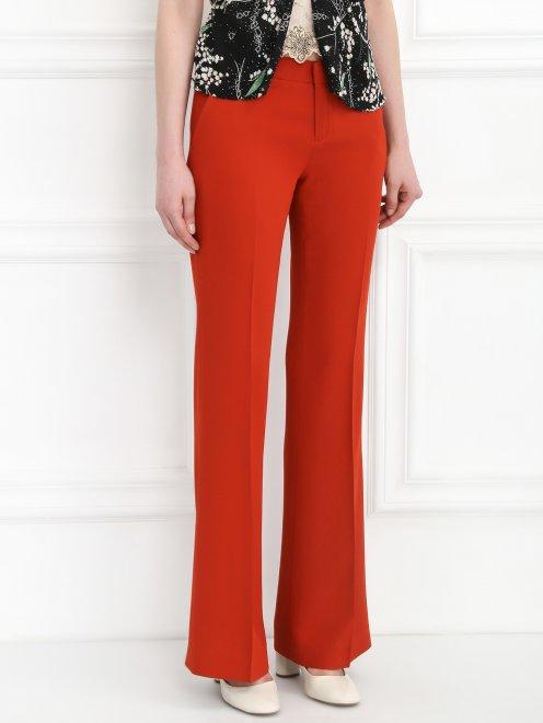 Расклешенные брюки со стрелками - Модель Верх-Низ