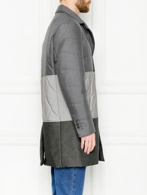Утепленное пальто с контрастной вставкой  - МодельВерхНиз2