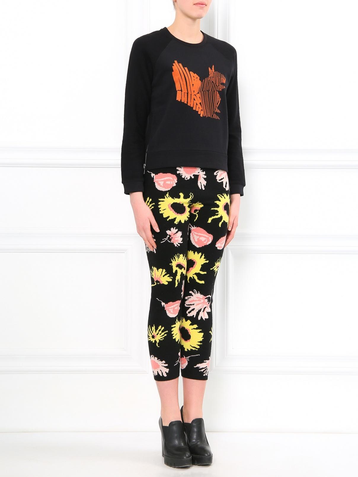 Трикотажные брюки из шерсти с цветочным узором Moschino Cheap&Chic  –  Модель Общий вид