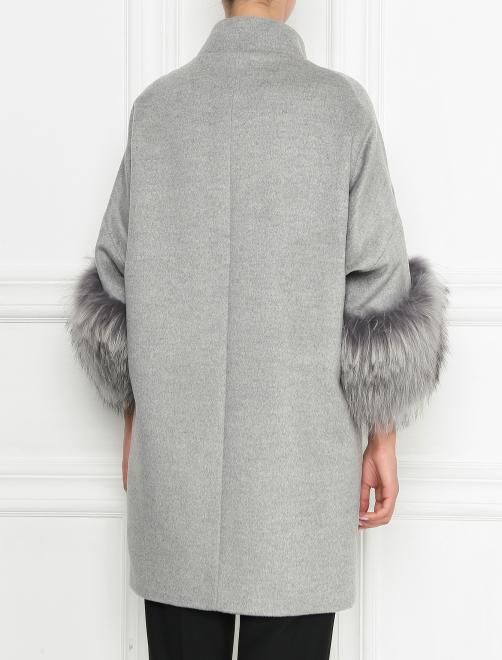 Пальто из шерсти с отделкой мехом енота - МодельВерхНиз1