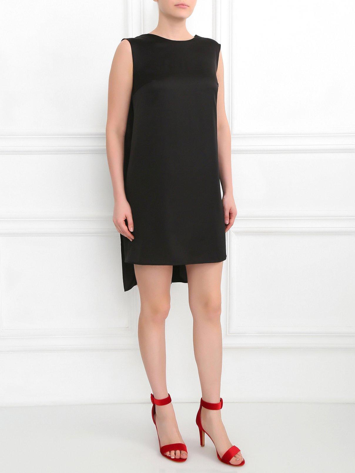 Платье-мини свободного кроя с вырезом на спине Руж  –  Модель Общий вид