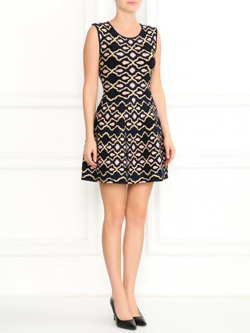 Трикотажное платье-мини с узором - Общий вид