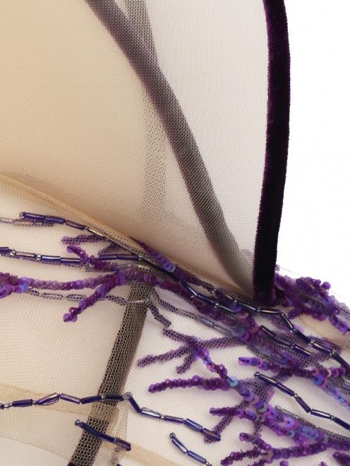 Платье бархатное с вышивкой бисером и пайетками  - Деталь