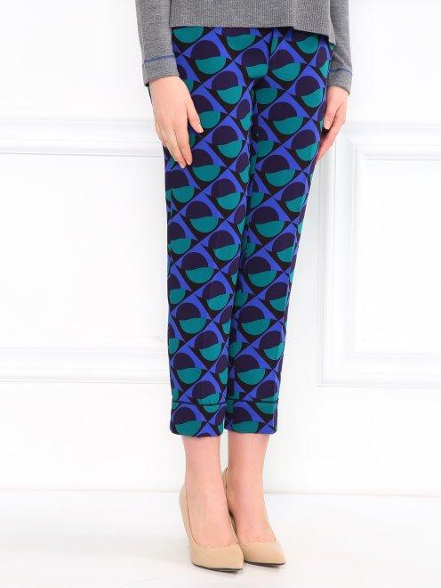 Укороченные брюки с геометричным узором - Модель Верх-Низ